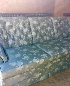 Sklar Peppler couch & 2 matching clean chairs
