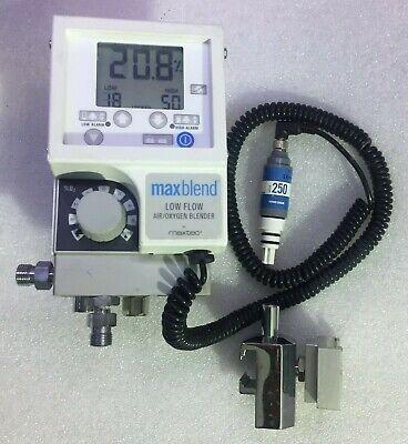 Maxtec Maxblend 15642 Oxygen Blenderlow Flow Air Oxygen Blender Wt Holder