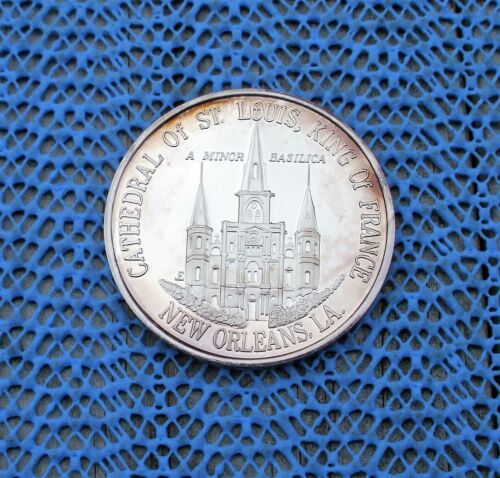1969  ST. LOUIS CATHEDRAL New Orleans, LA   .999 FINE SILVER Doubloon