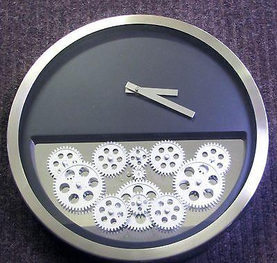 CONTEMPORARY METAL WALL CLOCK 14