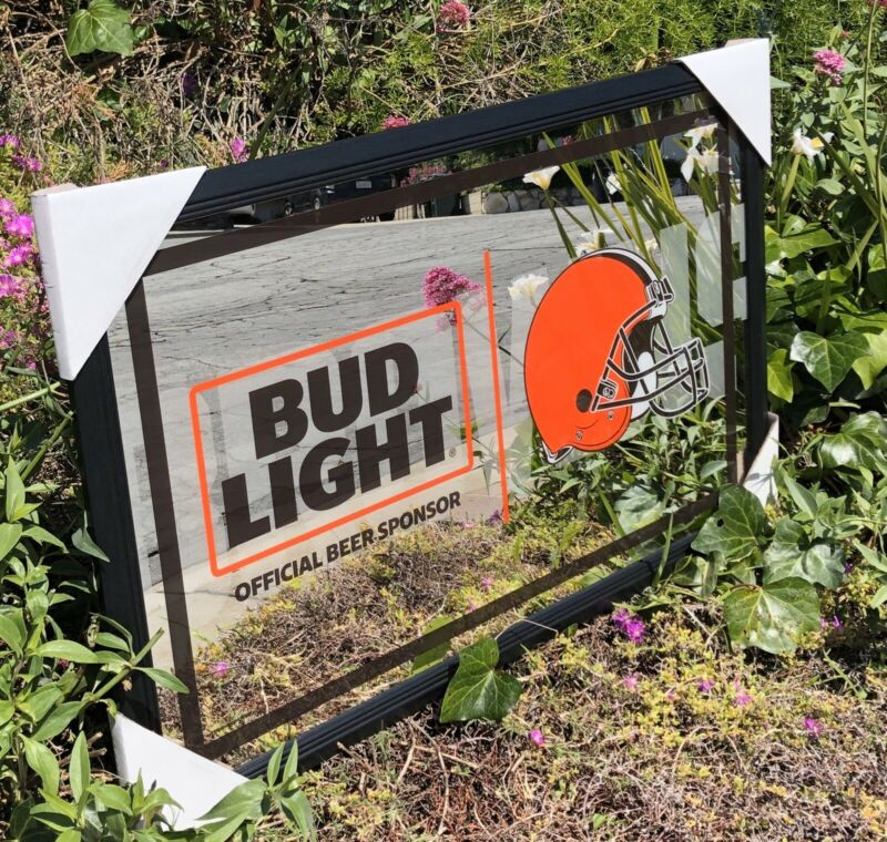 Bud Light NFL Cleveland Browns Football Beer Bar Mirror Man Cave Pub