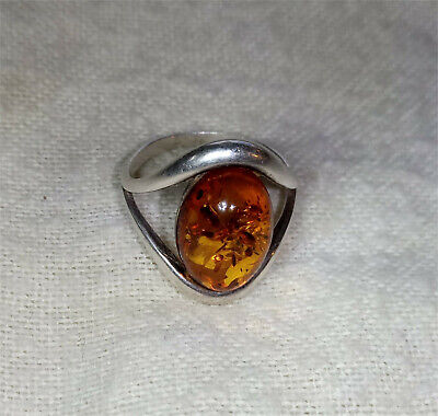 925 Sterling Silver Ring 15 x 10 mm Genuine Amber size L / size 6