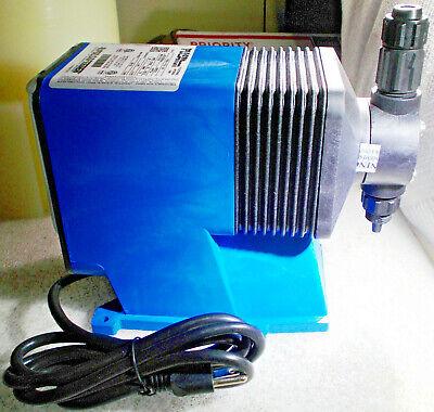 New Pulsatron Lpb2sa-ptcj-xxx Electronic Meter Pump 5 Gpd Flow Rate 115v 250 Psi