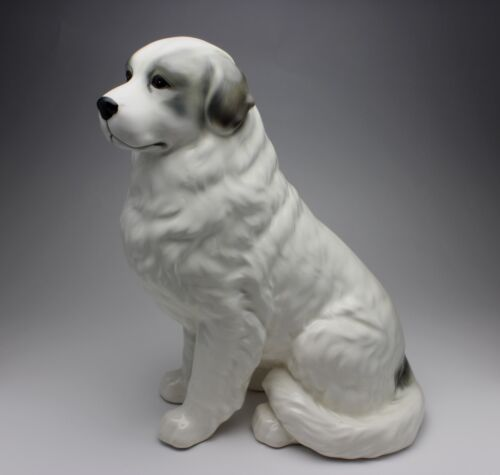 """11""""H Sitting Great Pyrenees White with Gray Marks Porcelain Figurine New Japan"""