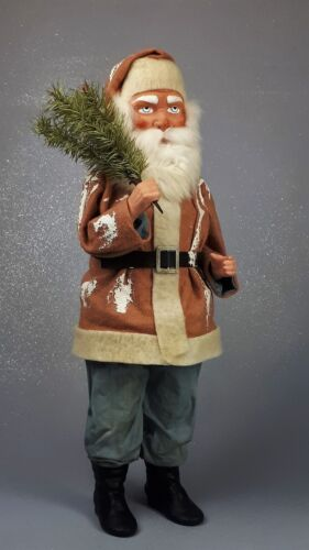 """21,5""""Paper mache*German Woodcutter Santa*Candy Cont.)by Paul Turner HNY21-020"""