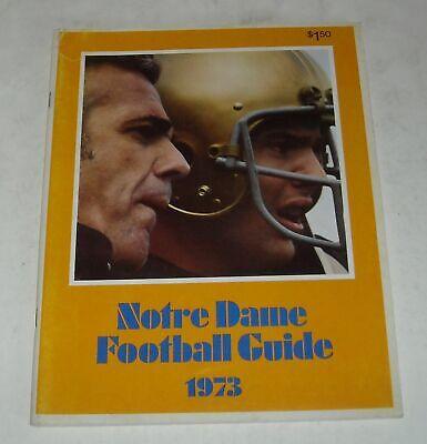 NOTRE DAME 1973 COLLEGE FOOTBALL GUIDE MAGAZINE DAVE CASPER ART BEST with