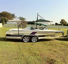 Lewis ski boat excel 1850 Rutherford Maitland Area Preview
