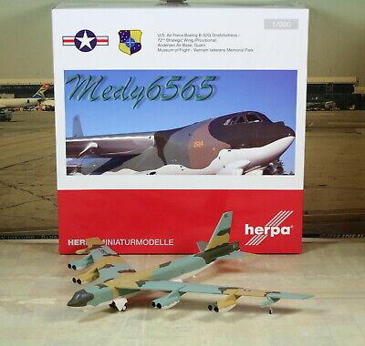 Herpa Wings USAF Museum of Flight Boeing B-52 1/200