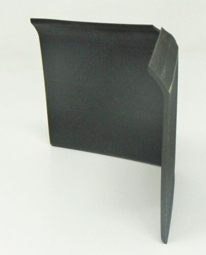 """Tarkett 440143097 4""""x4"""" Corner Vinyl Wall Baseboard DC 40 4 LIC 1/8 TOE QTY 25"""
