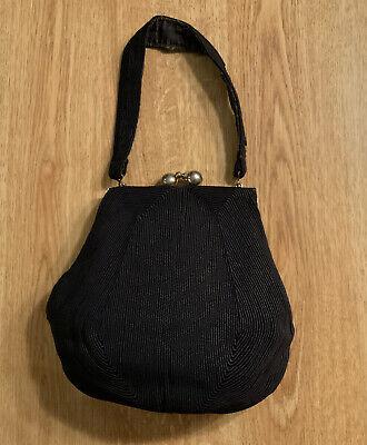 1940s Handbags and Purses History Vintage Jb Genuine Gorde 1940's Handbag w/ gold tone Large Snap Clasp And Frame $30.00 AT vintagedancer.com