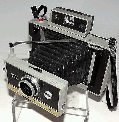 Мгновенные камеры Vintage Polaroid Land Camera