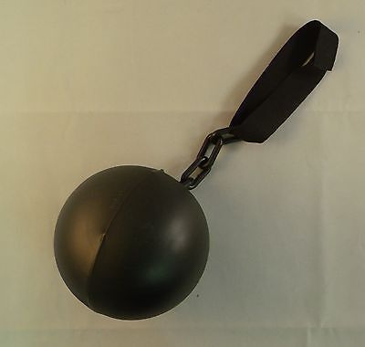 Plastic Ball and Chain For a Prisoner / Convict / Inmate Halloween Costume (Prisoner Costumes For Halloween)