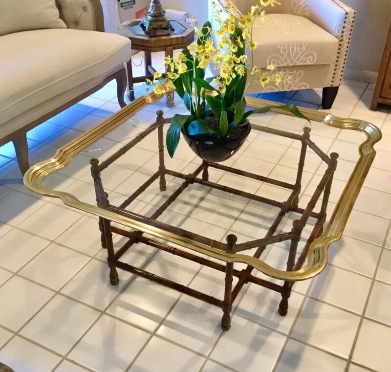Mrs. MAISEL'S Vintage Italian Solid Brass Scalloped Top Coffee Table