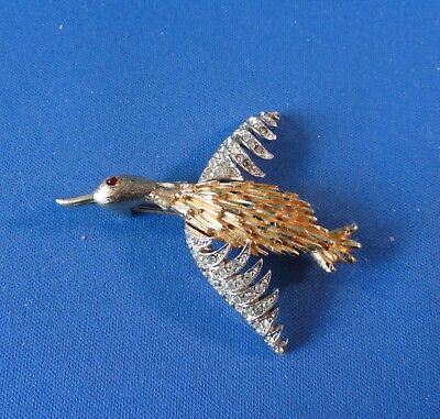 Flying Bird Rhinestone Design - Pin / Brooch -