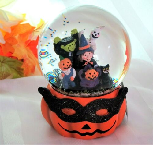 Halloween Party Music Box Water Globe Witch Ghost Frankenstein Black Cat -FLAW