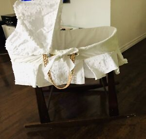 Moses Basket Bassinet with cover and stand
