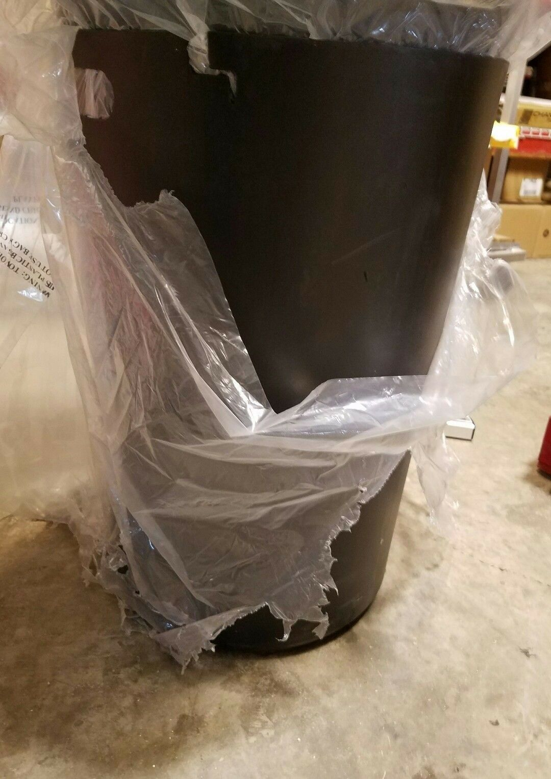 Global Industrial 36 Gallon Metal Trashcan Liner - 260CP776