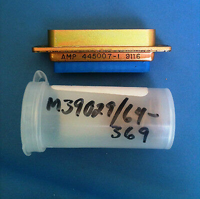 445007-1 Amp Connector D-sub Plug Hsing 25 Position Std Pins Included