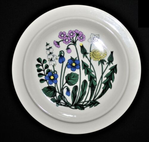 """3 ARABIA OF FINLAND """"FLORA"""" DINNER PLATES IN EXCELLENT CONDITION 10- 1/8"""""""