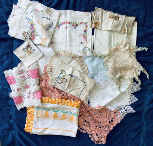 Lot of 50 Vintage Cutter Craft Table Runners Linens Napkins Doilies Aprons