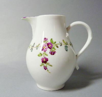 (G2294) Barockes Meissen Kännchen um 1765, Blumenmalerei, Inhalt 290 ml
