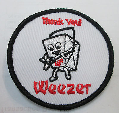 WEEZER COLLECTABLE RARE VINTAGE PATCH EMBROIDED 2010 METAL LIVE OUT OF PRINT