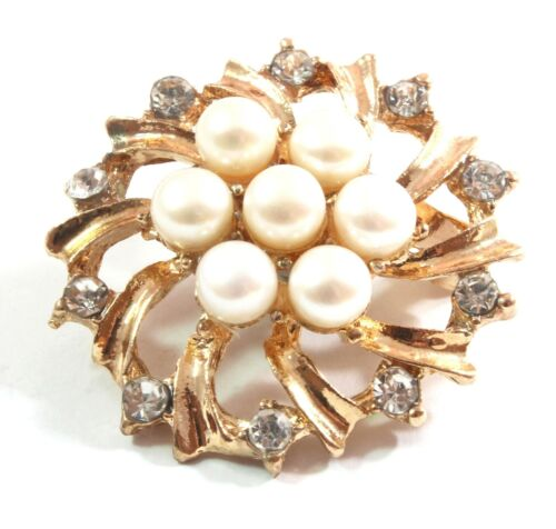 White Freshwater Cultured Pearl Brooch 6.5-7.0mm