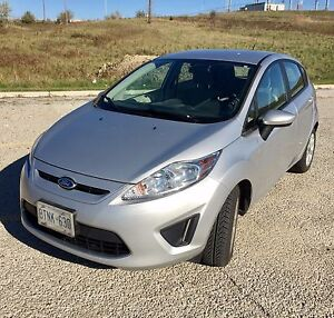 2011 AUTO Ford Fiesta SAFETY + EMISSION PASS, new tires, snows