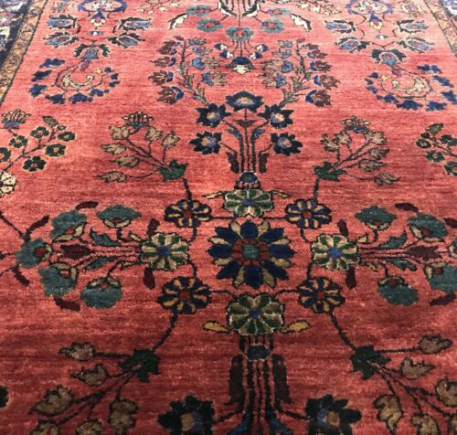 AN AWESOME ANTIQUE VINTAGE DESIGN SAROUK MOHAGERAN RUG - $2,750.00