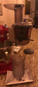 Juice and sauce attachment for stand mixer.