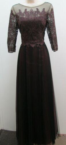 Kay Unger Burgundy Black Lace Illusion Neck 3/4 Sleeve Tulle Pleated Long Dress
