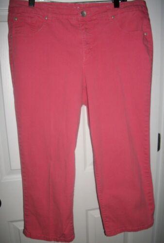 Style & Co. Jeans Woman Pink Denim Tummy Control Capri Pants Size 14W