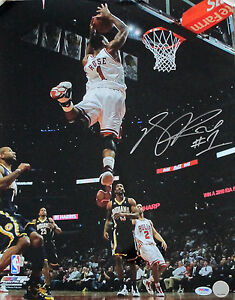 DERRICK-ROSE-AUTOGRAPHED-SIGNED-CHICAGO-BULLS-16X20-PHOTO-PSA-DNA-POSTER-SLAM