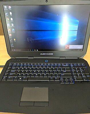 Alienware AW17R3-3758SLV 17.3in. 1TB + 128GB, Intel Core i7 6th Gen GTX970M
