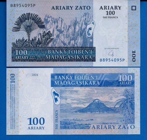 Madagascar P-86 100 Ariary Year 2004 Map Uncirculated Banknote