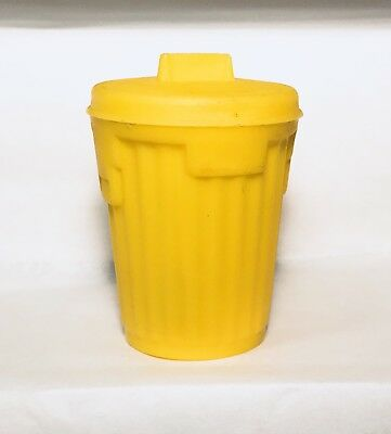 Vintage 1976 Topps Yellow GARBAGE CANDY Trash Can Container fleer SERIES 1 gum