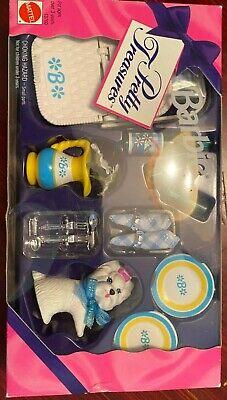 Barbie Pretty Treasures Set Picnic Basket Dog Napkins Plates Toys NIB