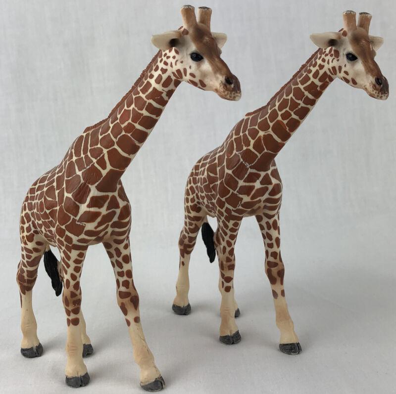"""Set of 2 Schleich Giraffe Figure 5.5"""" Tall 2003 Zoo Animal Giraffes"""