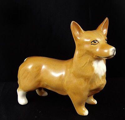 Lovely Vintage Beswick Dog Figure :~ Corgi #1736