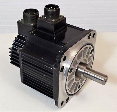 Yaskawa Sgmgh-05a2a21 Ac Servo Motor 450w 200v 1500 Rpm W Utsah-b17bb Encoder