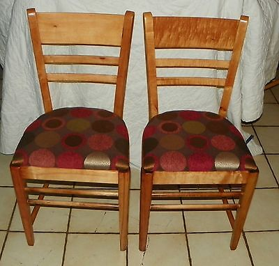- Pair of Maple Sidechairs / Dinette Chairs  (BH-SC102)