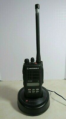 Motorola Ht1250 Vhf Radio Aah25kdf9aa5an 136-174 Mhz With Charger
