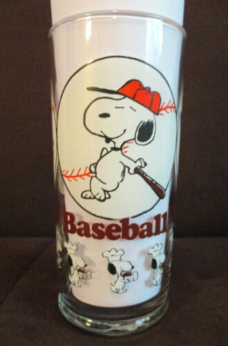 Vintage Snoopy Baseball Glass 1958 Peanuts