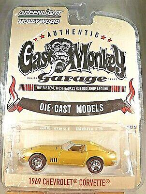 2017 Greenlight Hollywood GAS MONKEY GARAGE Gold 69 Chevrolet Corvette Series 12