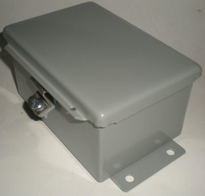 "ELECTRICAL ENCLOSURE JUNCTION BOX HAMMOND 1414PHC NEMA 12 METAL 6"" x 4"" x 3"" NEW"