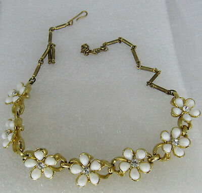 Vintage Gold tone white plastic rhinetone flower collar 16