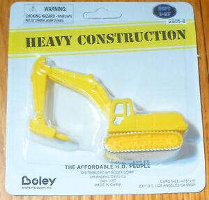 Boley-HO-23058-Concrete-Breaker-Pneumatic-Jackhammer-on-Crawler-yellow