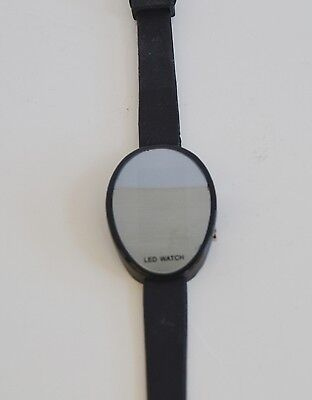 New Weida Silicone Led Digital Oval Dial Case Mirror Dial Watch