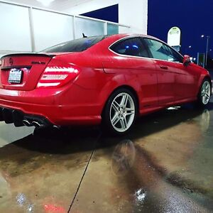 Mercedes c350 g package with panoramic and Bluetooth