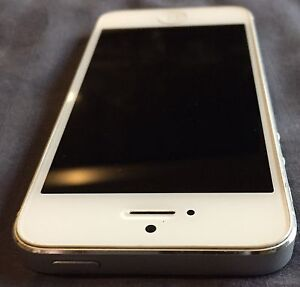 Iphone 5 - 16gb  White - Great condition Wyndham Vale Wyndham Area Preview